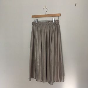 Silver rouched midi-skirt
